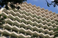 阳台现代节假日的旅馆 免版税库存照片
