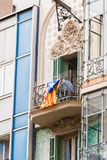 阳台的看法有旗子的 在独立的公民投票,巴塞罗那,卡塔龙尼亚,西班牙 特写镜头 图库摄影