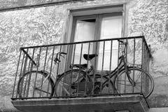 阳台骑自行车二 免版税库存照片