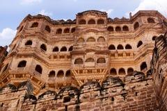 阳台Mehrangarh堡垒乔德普尔城,拉贾斯坦印度 库存照片