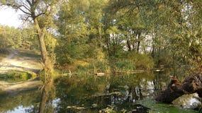 阴影和河 别的图2 库存图片