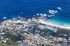阵营海湾海岸线南非鸟瞰图  免版税库存照片