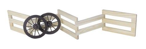 阶段反对木篱芭的车轮 免版税库存图片