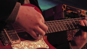 阶段的吉他演奏员 影视素材