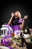 阿丽斯饮料魔术毒物某个妙境 免版税库存图片