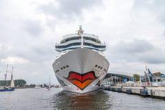 阿伊达3月在港口说谎在公开事件hanse风帆 免版税库存图片