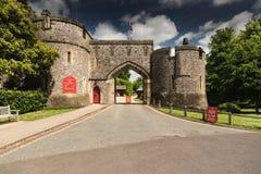 阿伦德尔城堡门户阿伦德尔西萨塞克斯郡 免版税库存照片
