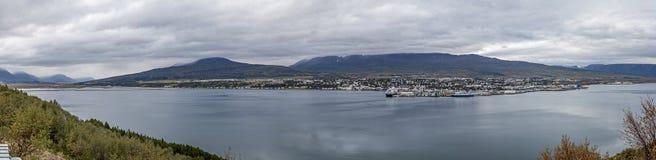 阿克雷里冰岛全景风景 库存照片