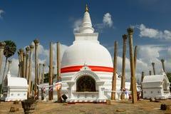 阿努拉德普勒废墟, Thuparamaya dagoba,斯里兰卡 图库摄影