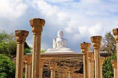 阿努拉德普勒Mihintale菩萨雕象,斯里兰卡联合国科教文组织世界遗产名录 库存图片