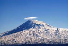 阿勒山挂接 库存照片