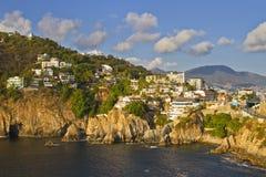 阿卡普尔科,墨西哥岩石海岸  免版税库存照片