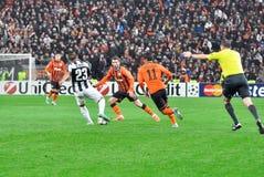 阿图罗设法的Vidal击败敌手 库存图片
