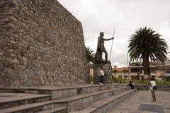 阿塔瓦尔帕雕象在伊瓦拉,厄瓜多尔 库存图片