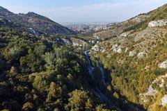 阿塞诺夫格勒,保加利亚- 2016年10月1日:Asen ` s堡垒,阿塞诺夫格勒,保加利亚秋天视图  免版税库存图片