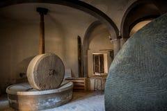 阿夏诺,托斯卡纳,意大利-被找出的古老石磨房1870  库存图片