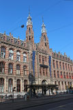 阿姆斯特丹中心优秀大学毕业生广场购物 免版税库存照片