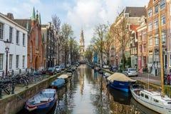 阿姆斯特丹在风景的运河生活 免版税库存照片