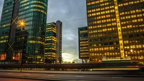 阿姆斯特丹城市视域在晚上 城市风景全视图  免版税库存照片