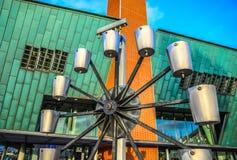 阿姆斯特丹市中心特写镜头著名雕塑  城市纪念碑&艺术一般风景视图反对 库存照片