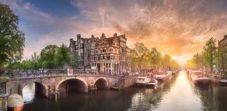 阿姆斯特丹市日落 免版税库存图片