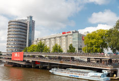 阿姆斯特丹自行车停车 免版税库存照片