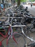 阿姆斯特丹自行车混乱 免版税库存照片