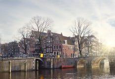 阿姆斯特丹运河在冬天 免版税库存图片