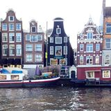 阿姆斯特丹运河街道 免版税图库摄影