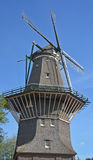 仅阿姆斯特丹风车 免版税库存照片