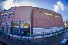 阿姆斯特丹,荷兰, 2018年3月, 10 :Heineke啤酒厂大厦,海涅肯经验博物馆室外看法  免版税库存图片