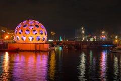 阿姆斯特丹,荷兰- 2013年12月26日:轻的节日上午 免版税库存图片