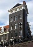 阿姆斯特丹-典型的荷兰建筑学 图库摄影