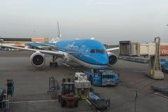 阿姆斯特丹- 2015年12月28日:KLM航空器在阿姆斯特丹机场 KLM是荷兰航空公司总部设的航空公司 免版税库存图片
