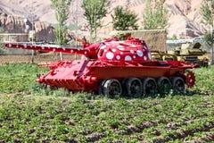 阿富汗在Bamyan市放弃了装甲车 免版税图库摄影