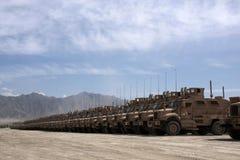 阿富汗装甲的问题准备好的通信工具 库存图片