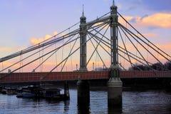 阿尔伯特桥梁 免版税库存照片