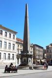 阿尔勒方尖碑在Place de la RA©publiquee,法国 图库摄影