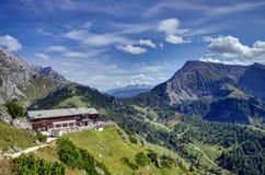 阿尔卑斯在秋天 免版税库存图片
