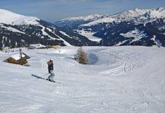 阿尔卑斯奥地利节假日滑雪 免版税库存图片