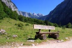 阿尔卑斯巴伐利亚人长凳 库存图片