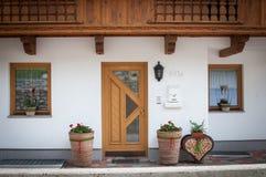 阿尔卑斯房子词条 库存照片
