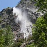 阿尔卑斯法国山瀑布 库存照片