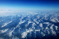 阿尔卑斯的鸟瞰图 免版税库存照片