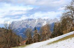 阿尔卑斯看法从Sankt约翰的 奥地利 库存图片