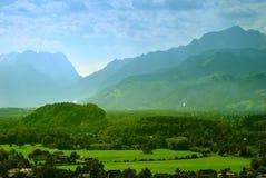 阿尔卑斯美丽如画的视图 库存照片