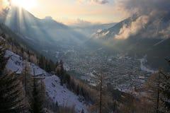 阿尔卑斯谷冬天 库存图片