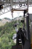 阿尔卑斯,法国意大利边界, 2017年7月29日- Skyway缆车r 免版税库存图片
