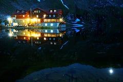 阿尔卑斯transylvanian balea的湖 免版税图库摄影