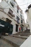 阿尔及尔,阿尔及利亚- 2016年2月6日:老市的一个古老部分阿尔及利亚,称casbahkasaba 老城市是122米400 ft abov 免版税库存照片